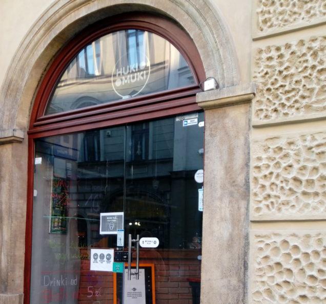 Huki Muki Bar & Club ul. Floriańska 26, Kraków - monitoring