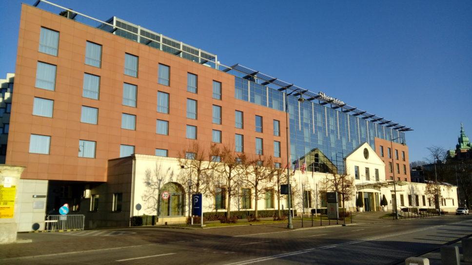 Sheraton Grand Krakow hotel ul. Powiśle 7, Kraków – monitoring, system zamków elektronicznych